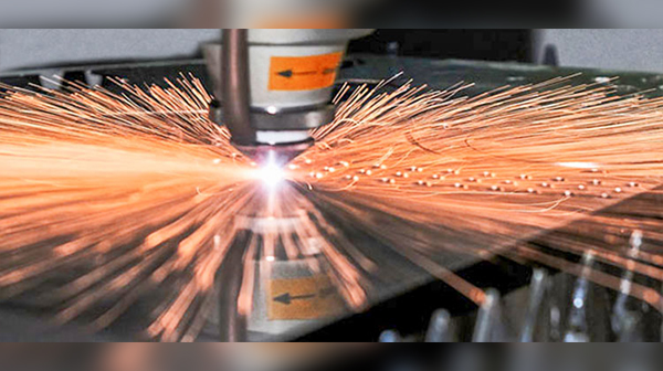 Why the laser cutting machine should be equipped with automatic focusing function